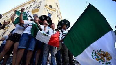 Más de 10 mil mexicanos tomaron las calles de Rostov