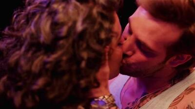 Erick encontró a Irma y Charly besándose
