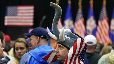 El conflicto republicano: cómo apoyar a Trump sin liquidar al partido