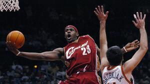 ¡King! Tarjeta de novato de LeBron James impone récord de venta