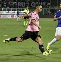 Juventus logra un trabajado triunfo en Palermo y se confirma líder