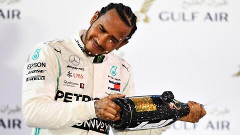 ¡La humildad de un campeón! Lewis Hamilton aseguró que tuvieron suerte y Leclarc debió ganar