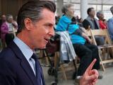 Newsom promete ampliar elegibilidad de Medi-Cal para mayores de 60, sin importar su estatus legal