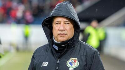 El 'Bolillo' Gómez ingresó al selecto grupo de técnicos que han dirigido tres países en mundiales