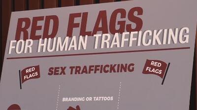Víctima de tráfico sexual infantil demanda a un portal de internet de citas para adultos
