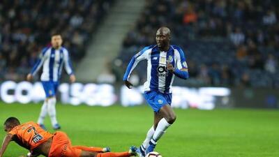 Porto golea al Portimonense con 'Tecatito' y Herrera en la cancha
