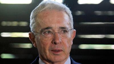La Corte Suprema de Colombia suspende el proceso contra el expresidente Uribe