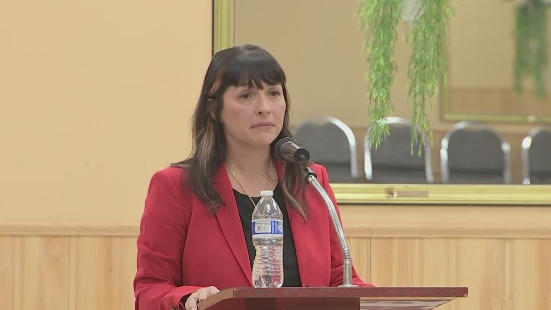 Eva-Dina Delgado es elegida como sucesora del exrepresentante estatal Luis Arroyo - Univision