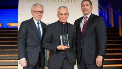 Jorge Ramos, Premio a la Excelencia en Periodismo por el International Center for Journalists