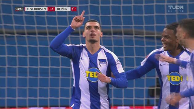 Karim Rekik silenció el BayArena al marcar el 0-1 del Hertha Berlín