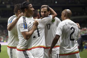 Sin brillo, el Tri le ganó 2-0 a Curazao y ya piensa en Honduras