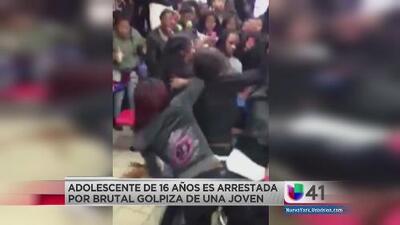 Adolescente arrestada por brutal golpiza