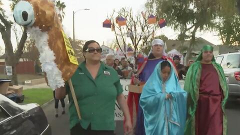 Comunidad de El Sereno realiza una procesión pidiendo a Caltrans que ayude a aliviar la crisis de vivienda