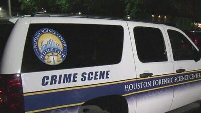 Un joven de 15 años de edad fue asesinado en un complejo de apartamentos de Houston