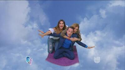 ¿A qué famosos buscan Carlitos, Lili y Clarissa en esta alfombra mágica?