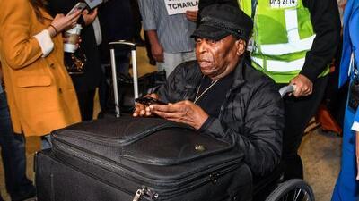 ¡O'Rei se recupera! Pelé es dado de alta tras ser operado de un cálculo renal
