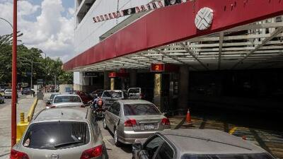 Conductores protestan por la escasez de gasolina en varios estados de Venezuela