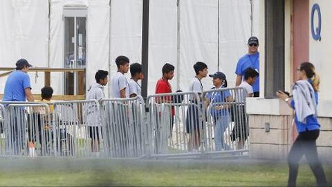 Qué es el Acuerdo Judicial Flores que le impide a Trump deportar de inmediato a migrantes en la frontera