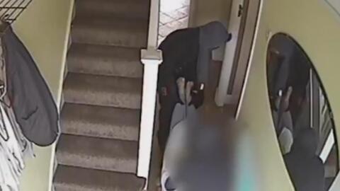 El terrible incidente que vive esta bisabuela al ser robada y arrastrada por el piso de su propia casa