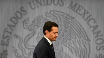 Tres tristes trinos: Peña Nieto tiende puentes a Trump en Twitter