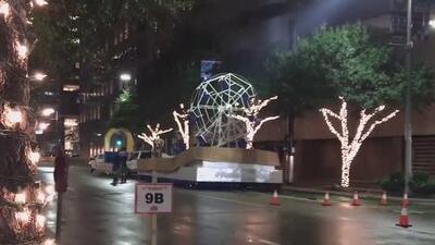 Ultiman detalles para el tradicional desfile del Día de Acción de Gracias en Houston