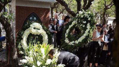 Así luce la tumba de Chespirito en México