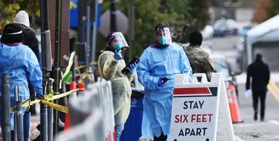 En el peor momento de la pandemia, varios estados retoman restricciones para frenar el repunte de casos de coronavirus