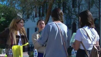 Estudiantes de LAUSD organizaron un foro político para los candidatos a representar el Distrito 5 de Los Ángeles