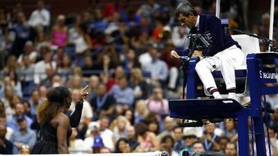 """Serena Williams tacha de sexista al juez y lo llama """"ladrón"""""""