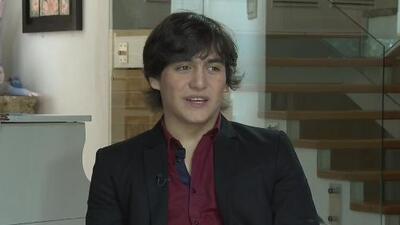 Julián Figueroa, hijo de Joan Sebastián, dice que sigue sumido en la depresión por la muerte de su padre