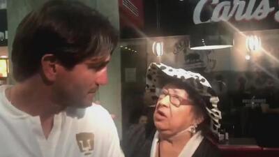 El curioso momento de Bruno Marioni con la 'Poeta del Pueblo' en medio de una entrevista