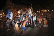 Fans del Porto desafían al COVID-19 en medio de celebraciones