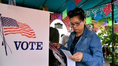 Elecciones en California: los hispanos pueden definir el rumbo de la resistencia antiTrump
