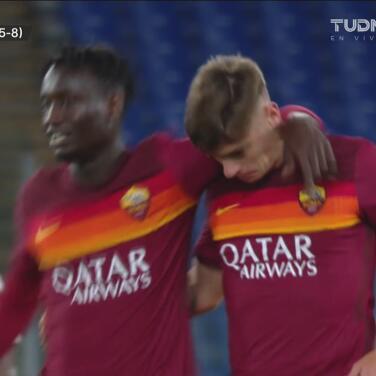 ¡Gran definición! Zalewski anota el 3-2 de la Roma con una volea