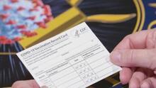Coronavirus: ¿Sabes qué son las tarjetas de vacunación fraudulentas?