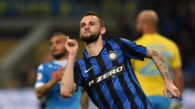 El Inter de Milán derrota al Nápoles y la Juventus se acerca más el Scudetto