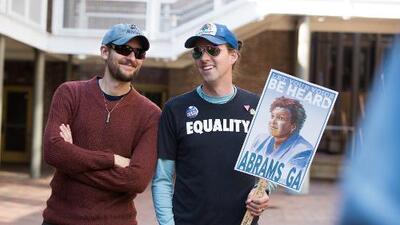 ¿Votarán esta vez los jóvenes? El electorado que puede derrotar a Trump