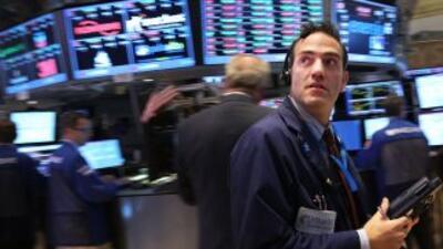 Wall Street abre con fuertes alzas y el Dow Jones sube un 1.20%