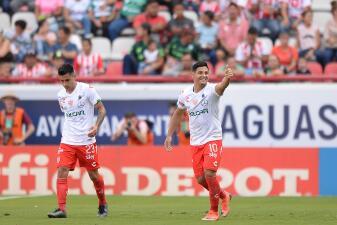 En fotos: Entre postes y dos goles anulados, Necaxa le quita el invicto a Santos