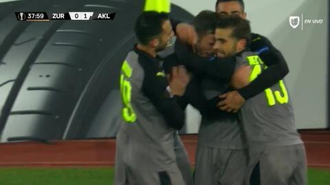 ¡GOOOL! Apostolos Giannou anota para AEK Larnaka