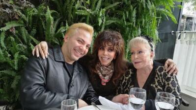 Verónica Castro celebró el cumpleaños de su mamá