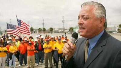 Comunidad en California lamenta la muerte de Nativo López, quien dedicó su vida a luchar por los inmigrantes hispanos
