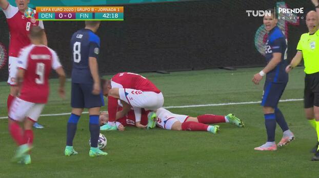 ¡Consternación! Eriksen se desploma en pleno juego y recibe RCP