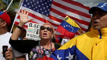 Congresistas del sur de Florida lideran proyecto de ley que busca ofrecer un TPS para venezolanos