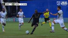¡Qué trallazo! Bradley Wright-Phillips empata el marcador con un golazo
