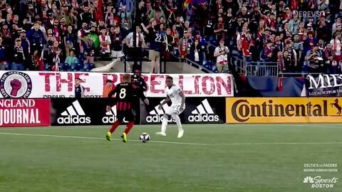 ¡Mágico doblete! Ezequiel Barco hace un señor gol al ponerla en el ángulo