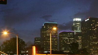 Se esperan condiciones secas y temperaturas cálidas para la noche de este lunes en Los Ángeles