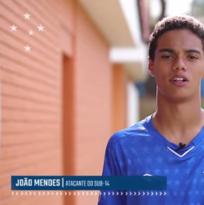 Cruzeiro ficha al hijo de Ronaldinho Gaúcho