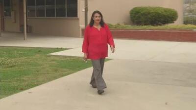 Directora de una escuela de California prueba un método para convivir y conocer a los estudiantes