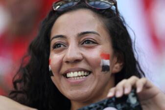 Las mujeres llenaron de alegría el duelo de Egipto y Arabia Saudita en el Mundial